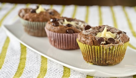 Cadbury-Cream-Egg-Cupcakes-12