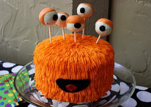 Creative Halloween Cakes