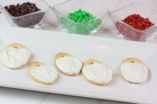 Decorating Christmas Cookies DIY