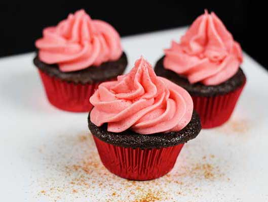 Burnin' Love Cupcakes--chocolate, cinnamon, and ... cayenne!