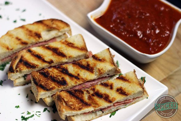 Sandwich Dippers--the gourmet answer to boring weekday lunches!