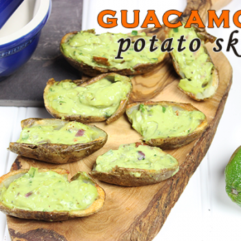 Guacamole Potato Skins--perfect appetizer for Cinco de Mayo! #appetizer #guacamole #cincodemayo
