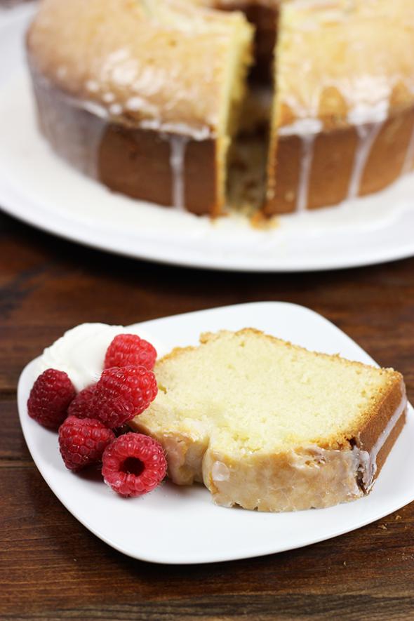 Peach Bellini Pound Cake #peach #poundcake #memorialday