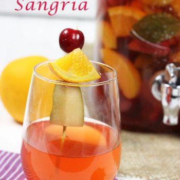 White Wine Summer Sangria #summer #sangria