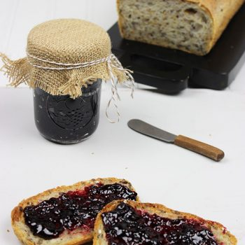 EASY Homemade Blackberry Jam