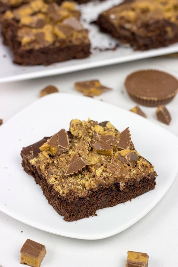 Easy Peanut Butter Cup Brownies