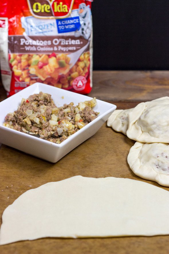 Hearty Meat Pie with Ground Beef and Potatoes O'Brien #OreIdaHashbrn #shop