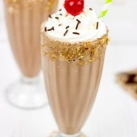 Classic Chocolate Malted Milkshake: PERFECT FOR FATHER'S DAY!