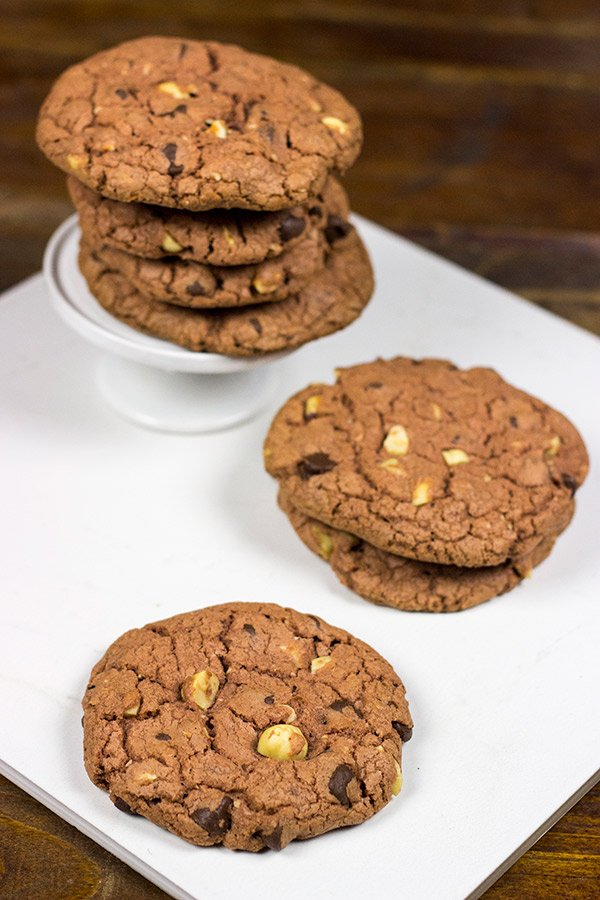 Looking for a fun twist on the classic chocolate cookie?   Dark Chocolate Chip Hazelnut Cookies