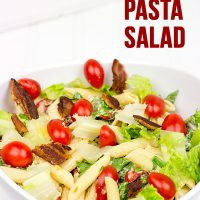 BLT Salad Pasta: Tastes just like your favorite summer sandwich...just in pasta salad form! Perfect for summer barbecues!