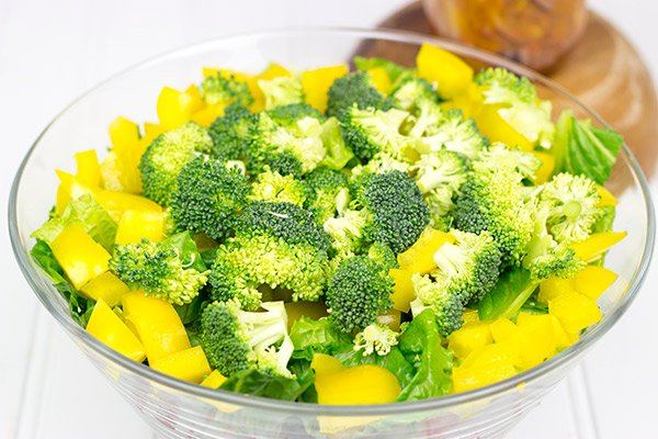Chopped Vegetable Salad with Tarragon Vinaigrette: An easy, delicious (and healthy!) summer salad!