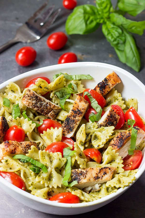 Pesto Pasta with Grilled Chicken | Amazing First Date Dinner Recipes | romantic meals to cook for him