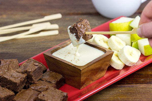 Brownie Bites with French Vanilla Dipping Sauce