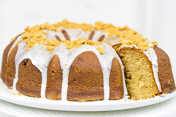 Grab a mug of coffee and a slice of this Cookie Butter Pound Cake for a delicious holiday treat!