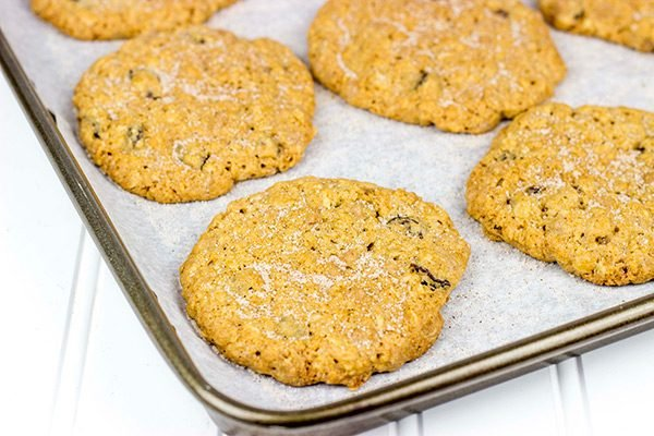 The addition of cinnamon makes these Cinnamon Oatmeal Raisin Cookies a delicious twist on a classic cookie!