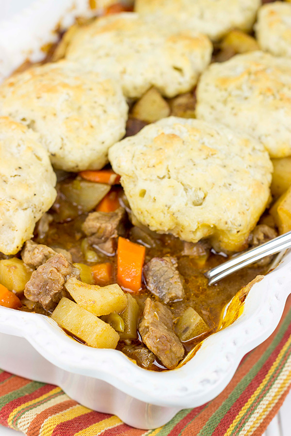 With Old Man Winter right around the corner, it's time to settle in to some tasty comfort food. How about this Easy Beef Stew with Rosemary Biscuit Topping for dinner tonight?