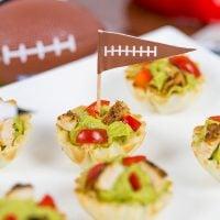 Guacamole + gameday = win! These Blackened Chicken Guacamole Bites are the perfect Super Bowl appetizer!