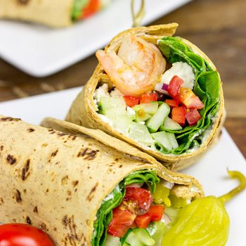 Wrap up dinner tonight with these tasty Greek Salad Wraps with Shrimp!