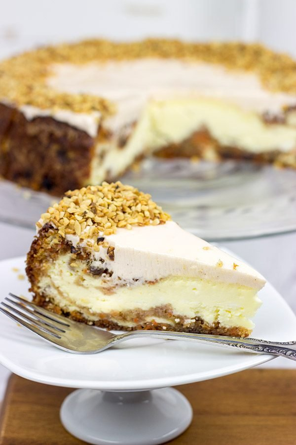 Can't decide between carrot cake and cheesecake? Then this Carrot Cake Cheesecake is the perfect solution!