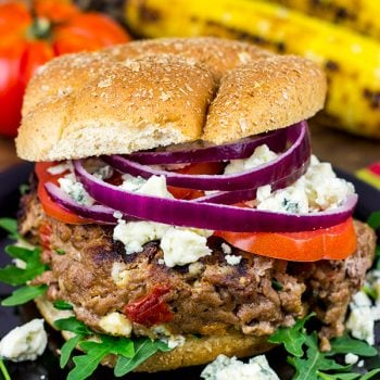 Looking for a fun new burger for summer grilling? Check out these Sundried Tomato and Gorgonzola Burgers!