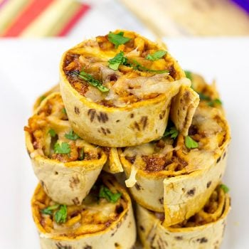 Mix up dinner a bit with these tasty BBQ Chicken Pinwheels!