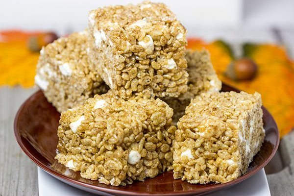Turn a childhood favorite into the perfect seasonal snack with these Pumpkin Spice Rice Crispy Treats!