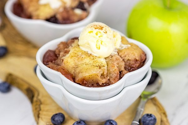 Slow cooker season is here! Whip up this easy Slow Cooker Blueberry Apple Cobbler for dessert tonight!