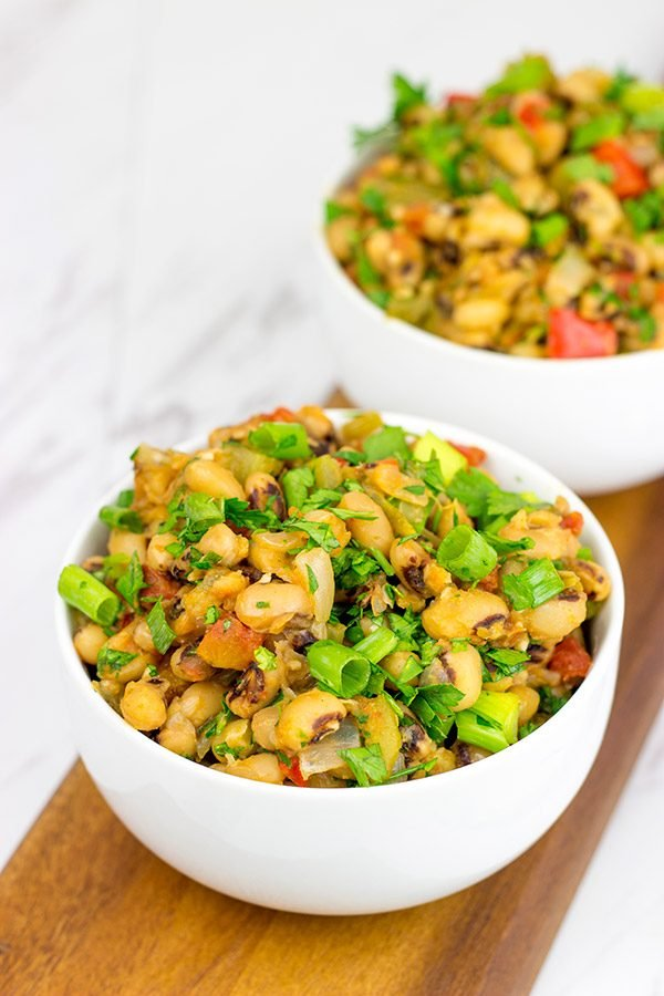 These Cajun Black-Eyed Peas are an easy and healthy side dish...and they'll bring you good luck, too!