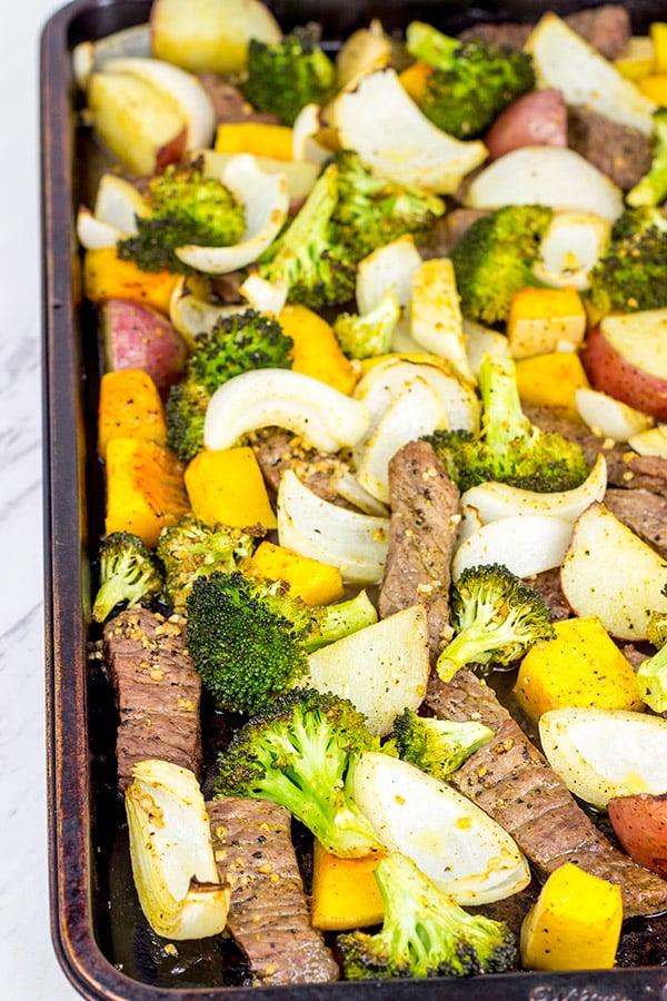 Sheet Pan Steak and Roasted Veggies