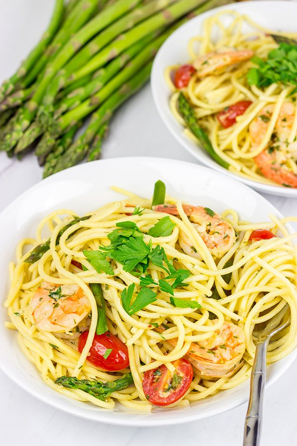 Spaghetti with White Wine Garlic Sauce