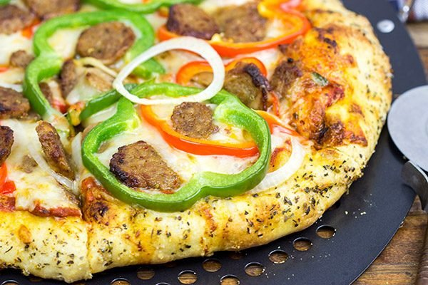 Make pizza night delicious with this Sausage and Peppers Pizza!
