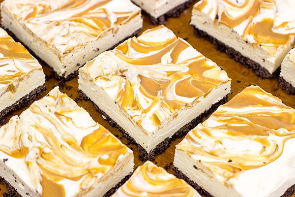 These No Bake Peanut Butter Cheesecake Bars are perfect for summer picnics or backyard gatherings!