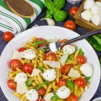 This Quick Caprese Pasta is loaded with flavor...and it's ready in just 10 minutes!