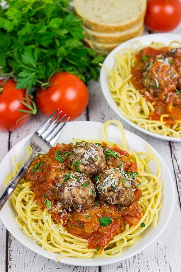 Because sometimes you just need Classic Spaghetti and Meatballs for dinner!