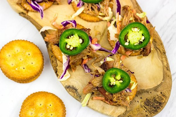 Looking for a fun entertaining idea? Grab a pack of RITZ and whip up these Pulled Pork RITZ!