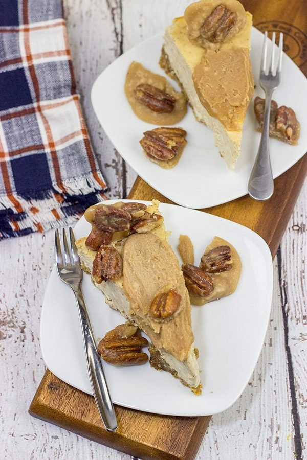 Looking for a delicious Fall dessert?  This Maple Cheesecake with Pecan Pralines is packed with maple flavor, and it's perfect for a chilly Autumn evening!