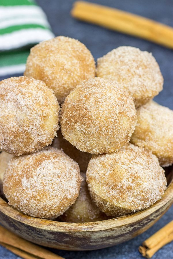 These Cinnamon Sugar Donut Muffins are an easy and delicious recipe...and they're the perfect size for popping into your mouth!