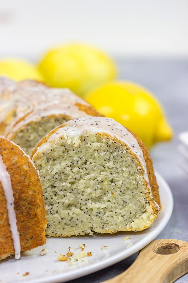 With a bright lemon flavor, this classic Lemon Poppy Seed Pound Cake is a tasty treat for warm spring and summer days!