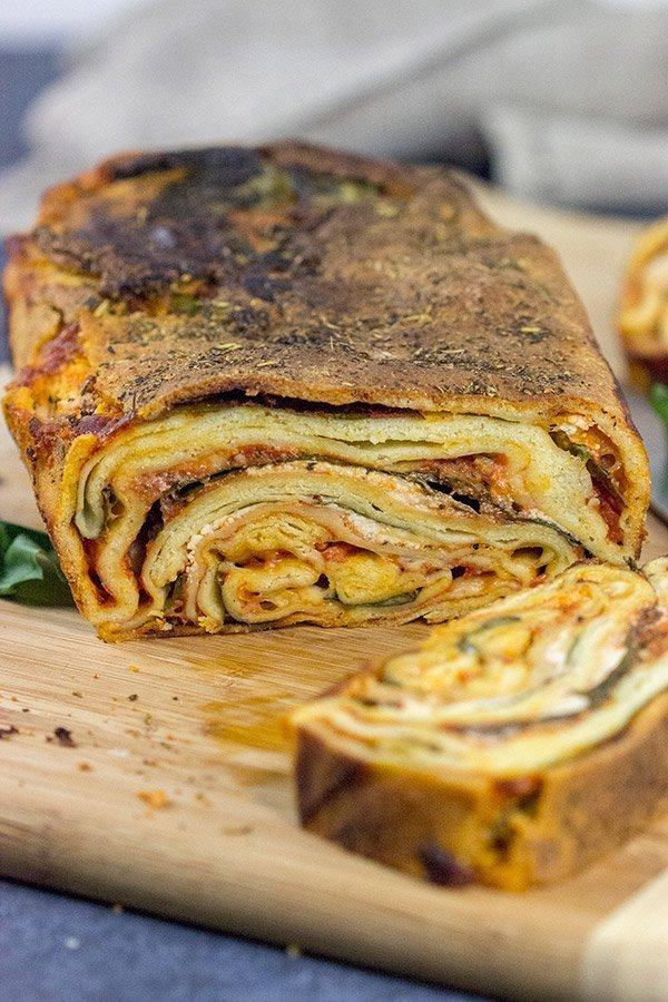 This Italian Lasagna Bread is a fun crossover between bread and pasta! Crispy like flatbread on the outside, chewy like pasta on the inside...and 100% delicious!