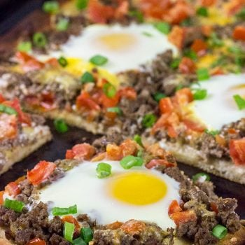 Who says pizza is only for dinner?  This tasty Southwestern Beef Breakfast Pizza is perfect for weekend brunch!