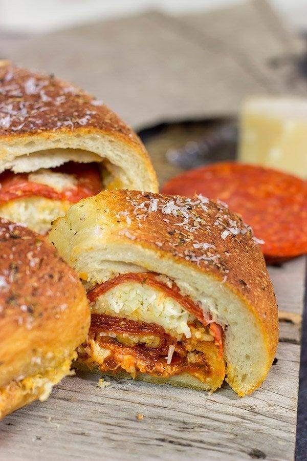 Pepperoni Pizza Bundtwich