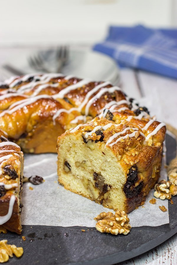 Filled with raisins, walnuts and cinnamon, this Cinnamon Walnut Babka is a delicious way to celebrate the arrival of Spring!