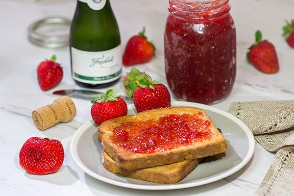 Strawberries and champagne are a classic combination...but have you ever had them for breakfast? Grab some berries and bubbly and make a batch of this Strawberry Champagne Jam today!