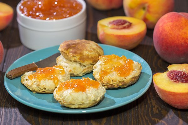 Love peaches? Me, too! This Fresh Peach Jam is a tasty (and surprisingly easy) way to enjoy the flavor of ripe summer peaches!