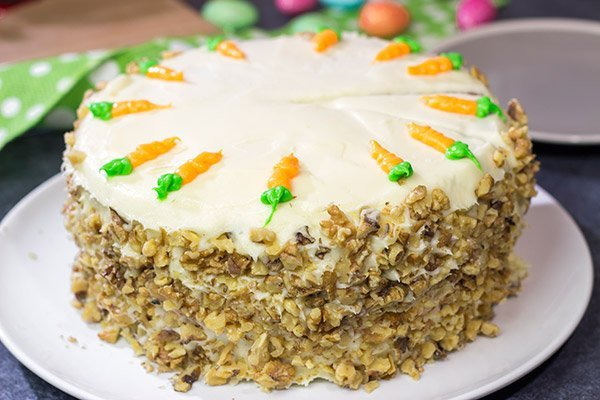 Would you like a slice of carrot cake or a slice of cheesecake? Skip that question and make this Carrot Cake Cheesecake Cake!