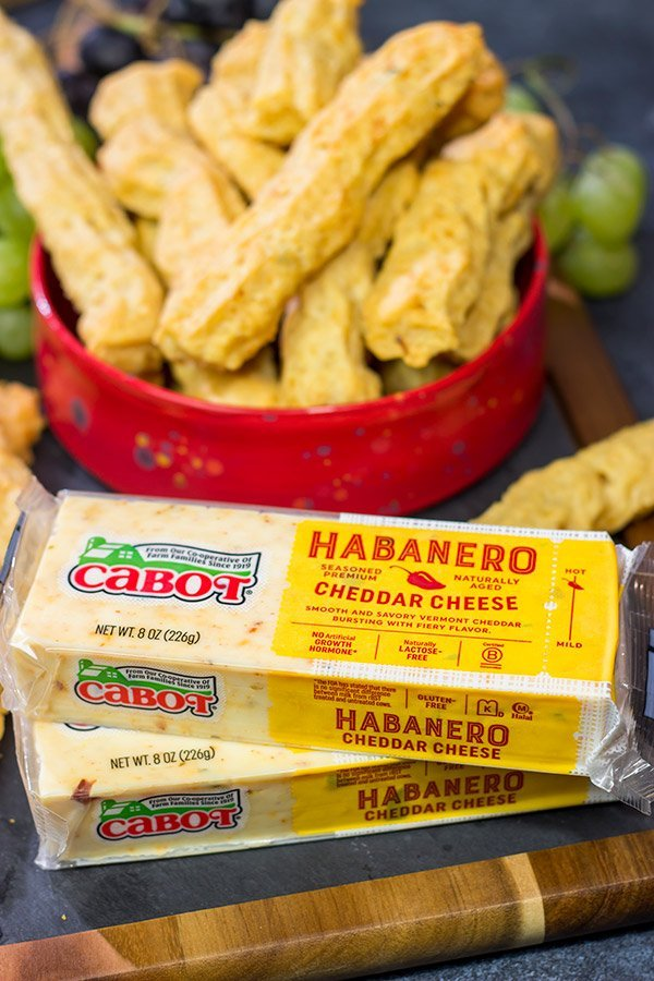 Looking for a tasty party appetizer? Or a snack for movie night in the basement? Put a batch of these Southern Cheese Straws on the menu!