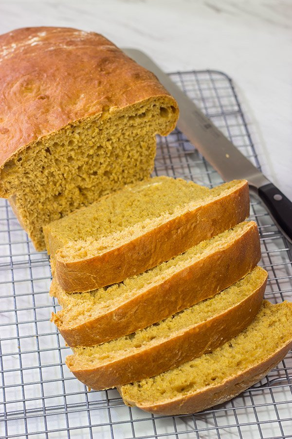 Lightly sweetened with cornmeal and molasses, Anadama Bread is a classic New England bread. It's a unique (and delicious) bread recipe!