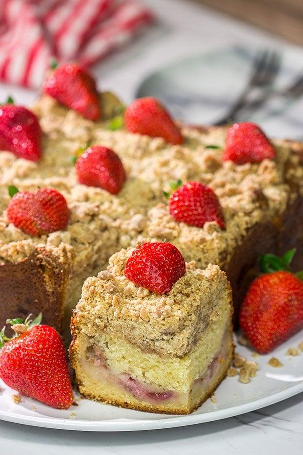 Fresh Strawberry Coffee Cake